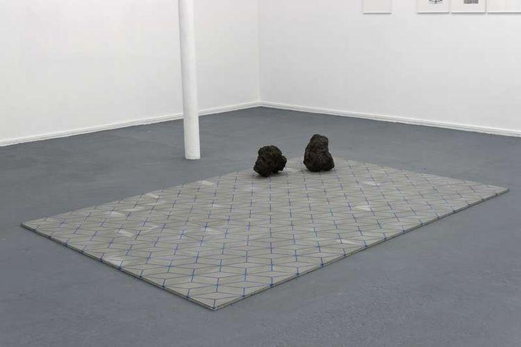 560285-julie-rometti-victor-costales-roca-azul-jacinto-marino-errante-2013-courtesy-galerie-jousse-entrepri